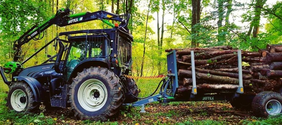 Peter Hart Tree Services Valtra forestry tractor