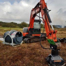 'Treedig' being refueled on site